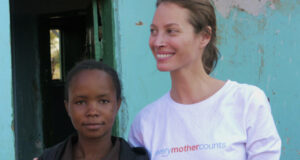 Supermodel Christy Turlington Urges Girls Not To Rush Into Babies & Marriage