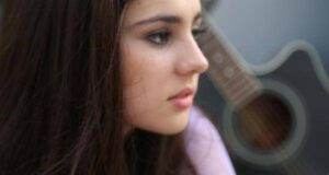 """Young Musician Encourages Teen Girls To Go """"All The Way"""""""
