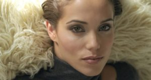 Actress Elizabeth Berkley Uses Dance To Rise Above Defeat