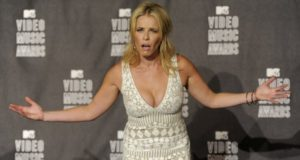 """Don't Ever Call Chelsea Handler Just A """"Female"""" Talk Show Host"""