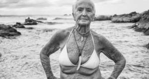 Award-Winning Image From Australian Photographer Challenges Beach Body Standards