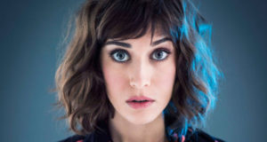 "Lizzy Caplan On Embracing Femininity: ""I Don't Want To Be A Boy, I Just Want To Be Equal To Them"""