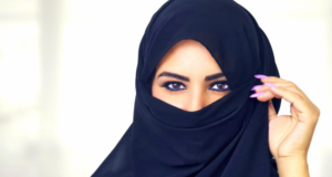 For The First Time In History, Women In Saudi Arabia Are Registering To Vote!