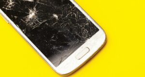 Ways To Safeguard Against Smartphone Damage
