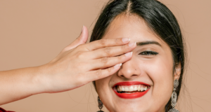 6 Easy Ways to a Brighter Smile