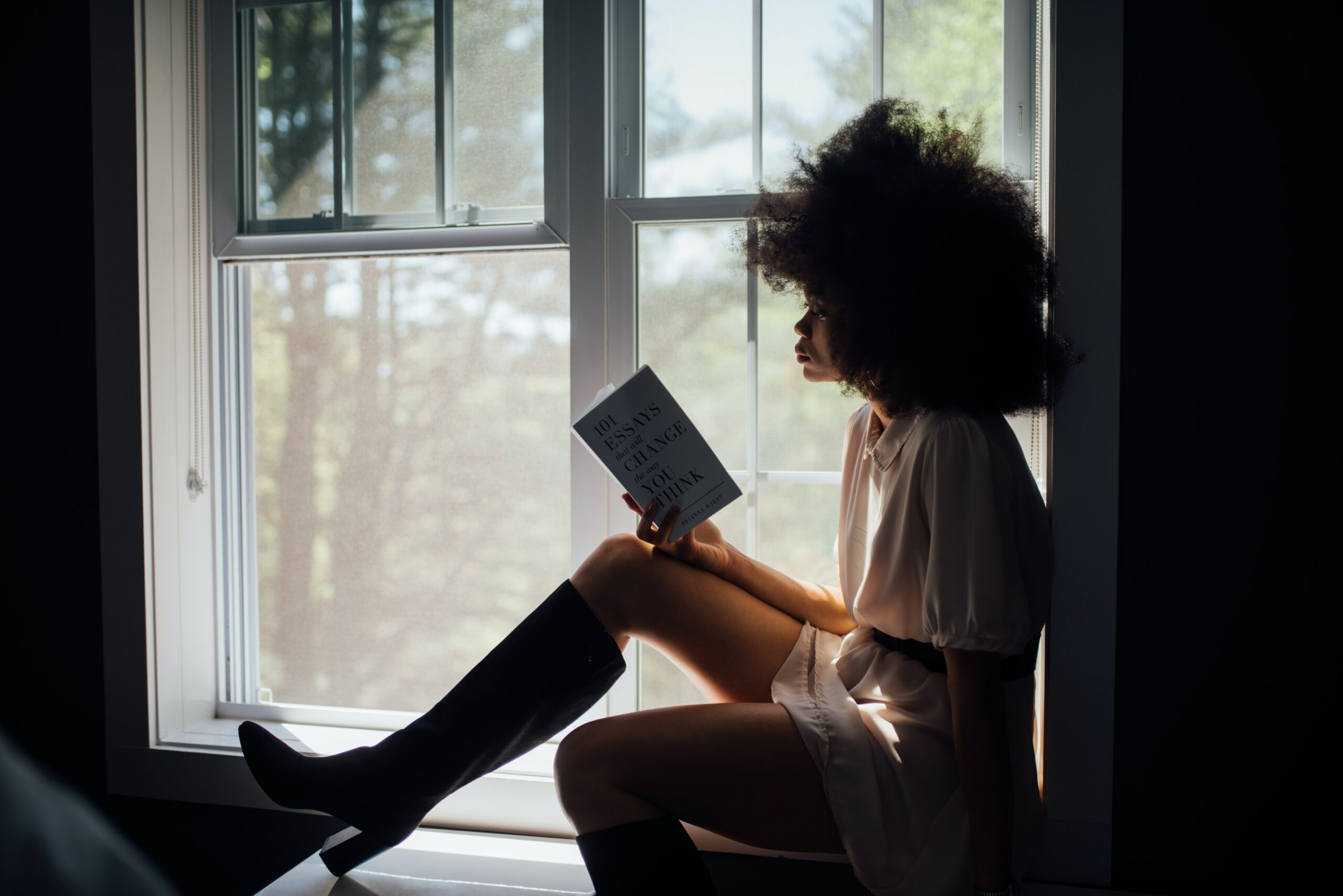 6 Books To Read During The Holidays This Year