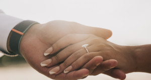 5 Ways To Get The Engagement Ring Of Your Dreams