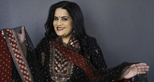 "Indian Comedian Zarna ""Auntie Z"" Garg Takes TikTok By Storm With Her Immigrant Story"